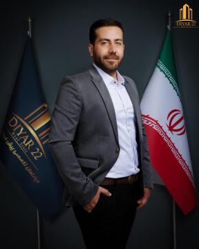 فرزاد حسینی ( مدیریت داخلی )
